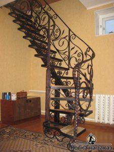 кованые лестницы на заказ в Николаеве