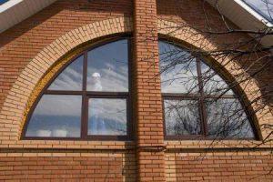 арочные окна картинка