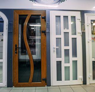 двери металлопластиковые в Николаеве