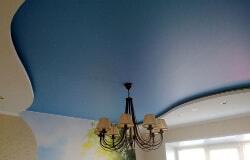 сатиновый потолок фото